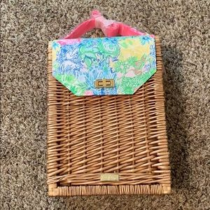 NWT Lilly Pulitzer Wicker Wine Tote